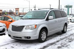2010_Chrysler_Town & Country_Touring Plus_ Fort Wayne Auburn and Kendallville IN