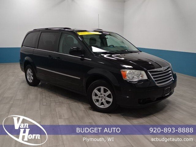 2010 chrysler town country touring plymouth wi 26254528. Black Bedroom Furniture Sets. Home Design Ideas