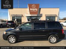 2010_Chrysler_Town & Country_Touring_ Wichita KS