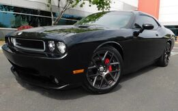 2010_Dodge_CHALLENGER SRT8 BLACK BEAUTY MOONROOF_6.1L HEMI 425HP V8 6spd MANUAL TRANS_ Phoenix AZ