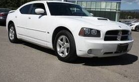 2010_Dodge_Charger_SXT Leather, Alloy wheels._ Kelowna BC