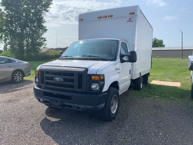 2010 Ford E-350SD Base Cutaway Holland MI