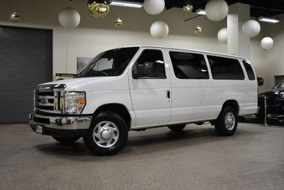 2010_Ford_Econoline_E-350 XLT 15 Passenger_ Boston MA