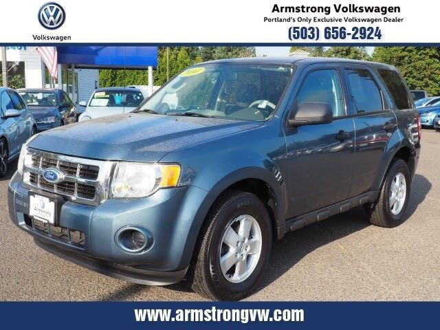 2010_Ford_Escape_XLS_ Gladstone OR