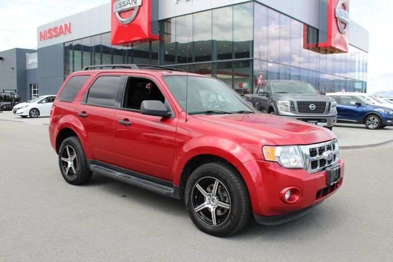 2010 Ford Escape XLT 4WD, No Accidents, Cruise Control Kelowna BC
