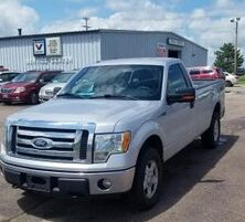 Ford F-150 XL 8-ft. Bed 4WD 2010
