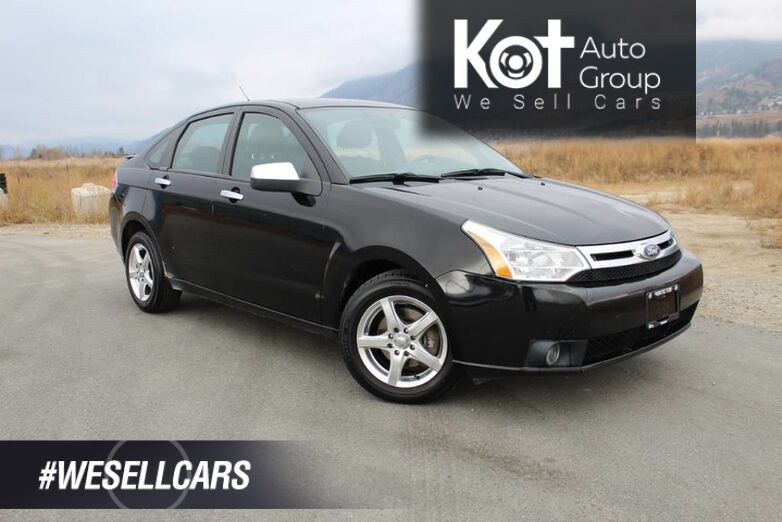 2010 Ford Focus SE, Manuel Transmission, One Owner Kelowna BC