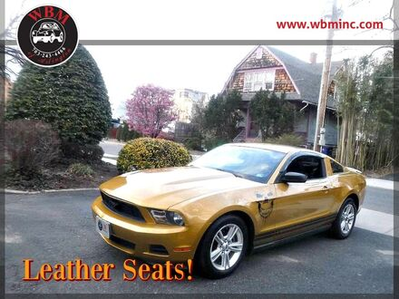 2010_Ford_Mustang_Coupe_ Arlington VA