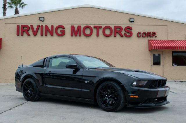 2010_Ford_Mustang_GT Coupe_ San Antonio TX