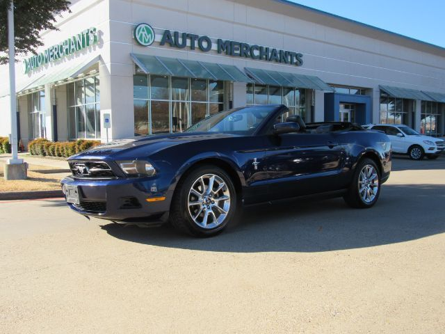 2010 Ford Mustang V6 Premium Convertible A/C, BLUETOOTH CONNECTION, CD, CRUISE CONTROL, ELECTROCHROMIC REARVIEW MIRROR Plano TX