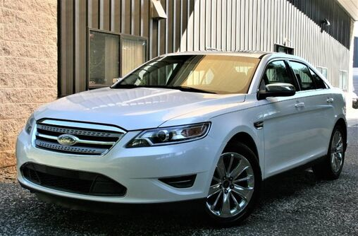 Ford Taurus Limited 2010