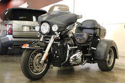 2010_Harley-Davidson_TRI GLIDE ULTRA CLASSIC FLHTCUTG__ San Jose CA