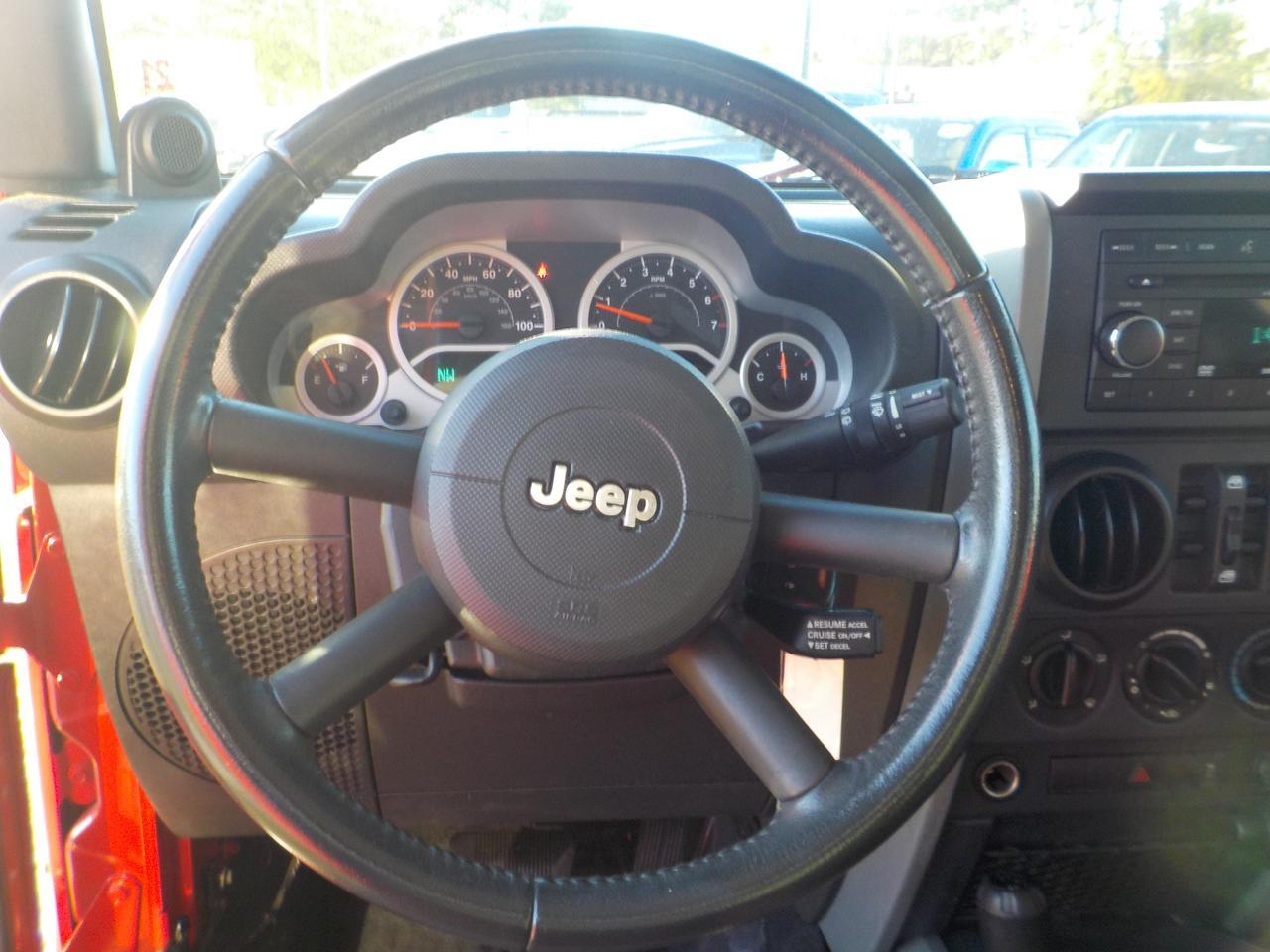 2010 JEEP WRANGLER UNLIMITED SPORT 4X4, ONE OWNER, HARD TOP, RUNNING BOARDS, TOW PACKAGE, BLUETOOTH! Virginia Beach VA