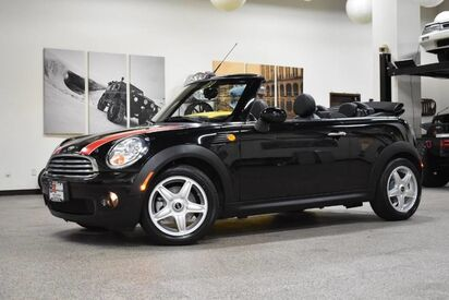 2010_MINI_Cooper_Convertible_ Boston MA