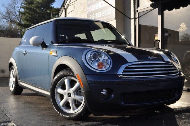 2010 MINI Cooper Hardtop Automatic Transmission/Premium Package w/ Panoramic Roof, Auto Climate Control, HK Bluetooth Audio/Cold Weather Package w/ Heated Seats/Xenon Headlights/Low Miles Nashville TN