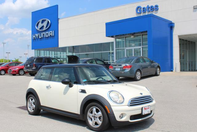 2010 MINI Cooper Hardtop w/Panoramic Roof & 6 Speed Manual Richmond KY