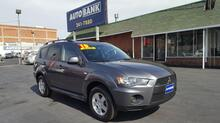 2010_MITSUBISHI_OUTLANDER_ES_ Kansas City MO