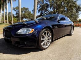 2010_Maserati_Quattroporte_Base_ Hollywood FL