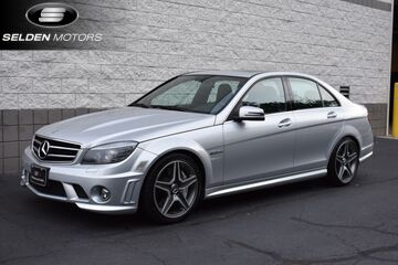 2010_Mercedes-Benz_C63_AMG_ Willow Grove PA