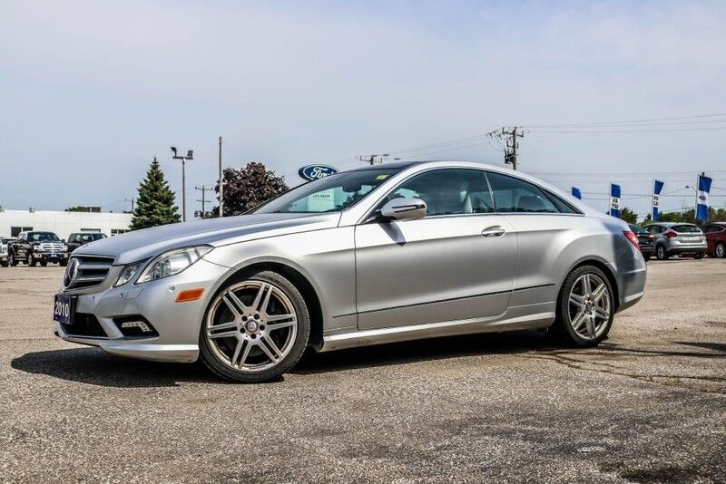 2010 Mercedes-Benz E-Class E 550- WHITE AND BLACK LEATHER- NAV- SUNROOF- LOADED- EVERY OPTI Essex ON