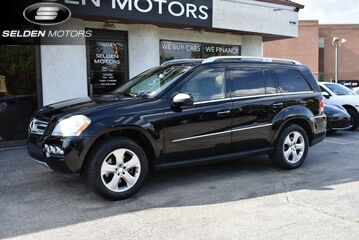2010_Mercedes-Benz_GL450_4Matic_ Conshohocken PA