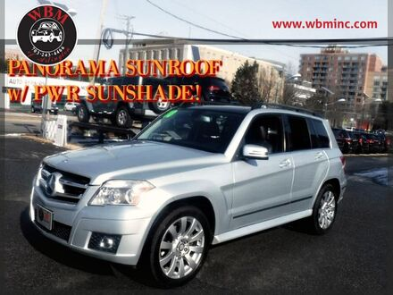 2010_Mercedes-Benz_GLK350_4MATIC_ Arlington VA