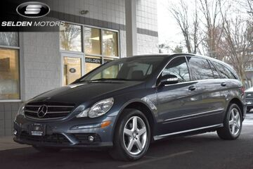 2010_Mercedes-Benz_R350_4Matic_ Willow Grove PA