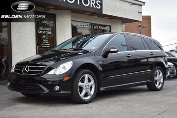 2010_Mercedes-Benz_R350_BlueTEC 4Matic_ Conshohocken PA