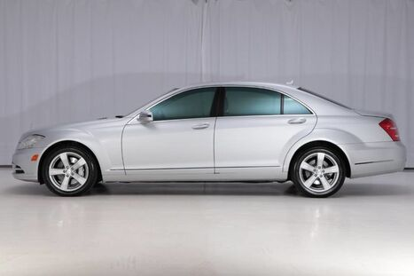 2010_Mercedes-Benz_S-Class 4MATIC AWD_S 550_ West Chester PA