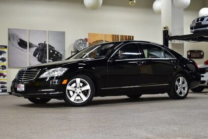 2010_Mercedes-Benz_S-Class_S 550 4MATIC_ Boston MA