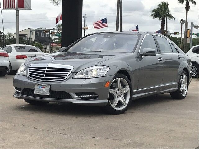 2010_Mercedes-Benz_S-Class_S 550_ Houston TX