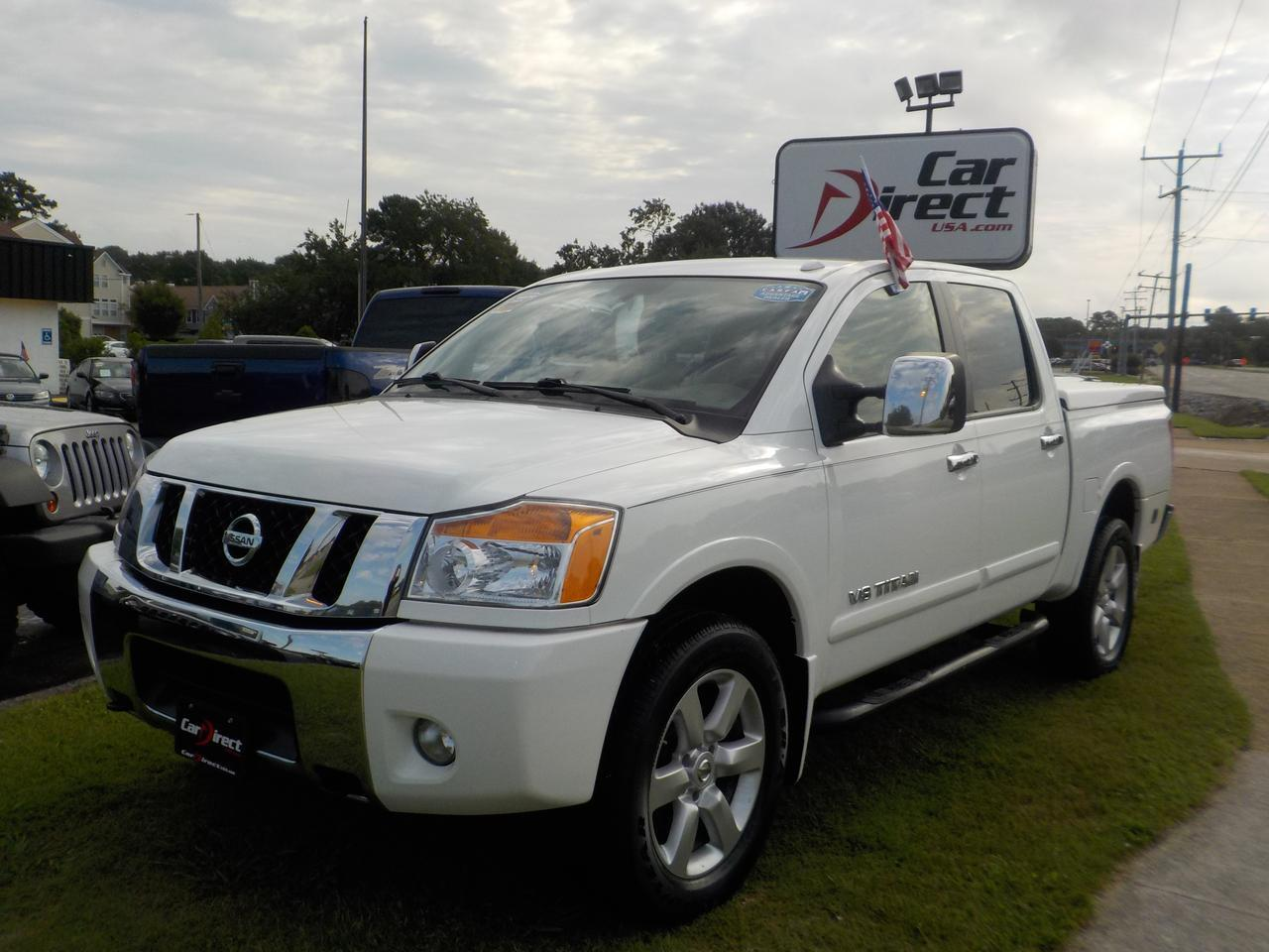 2010 NISSAN TITAN LE, 4X4, WARRANTY, HARD TONNEAU COVER, PARKING SENSORS, TOW HITCH, RUNNING BOARDS!