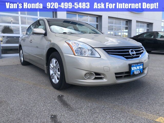 2010 Nissan Altima 2.5 S Green Bay WI