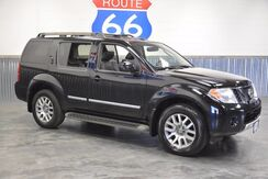 2010_Nissan_Pathfinder_LE 4WD 'LEATHER SUNROOF NAVIGATION' 3RD ROW!! LIKE NEW!!!_ Norman OK