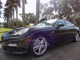 2010_Porsche_Panamera_4S_ Hollywood FL