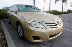 2010_Toyota_Camry_LE_  FL