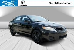 2010_Toyota_Camry_LE_
