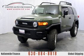 2010_Toyota_FJ Cruiser_4.0L V6 Engine AWD w/ Rear View Camera, High-Mounted Double-Wishbone Front Suspension, MP3/WMA Capability_ Addison IL