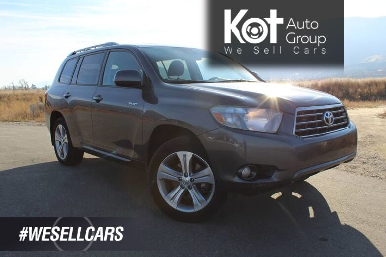 2010 Toyota Highlander Sport, One Owner, Great Family Vehicle, Sunroof Kelowna BC