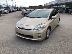 2010_Toyota_Prius_IV_ Cleveland OH