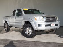 2010_Toyota_Tacoma_Base_ Epping NH
