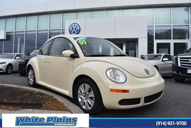 2010 Volkswagen Beetle 2.5L White Plains NY