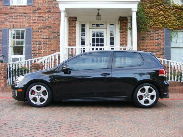 2010 Volkswagen GTI Sporty LOADED MUST C & DRIVE Arlington TX