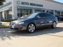 2010_Volkswagen_Passat_Komfort , BLUETOOTH CONNECTION, SUNROOF, HEATED FRONT SEATS, HEATED EXTERIOR MIRRORS, AUX POWER OUTL_ Plano TX