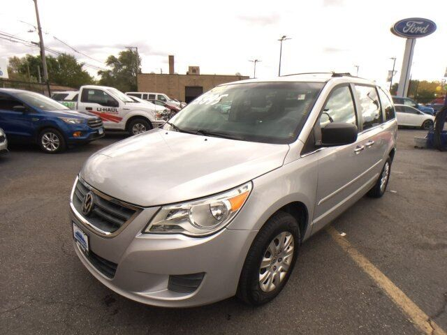 2010 Volkswagen Routan S Chicago IL