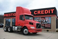 2010_Volvo_VNM64t200 Day Cab__ Akron OH