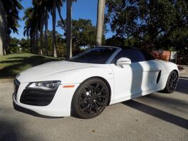 2011_Audi_R8_5.2_ Hollywood FL