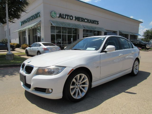 2011 BMW 3-Series 328i SA SULEV LEATHER, NAVIGATION, BLUETOOTH, SUNROOF, HTD FRONT STS, KEYLESS ENTRY Plano TX