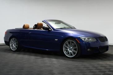 2011_BMW_3 Series_335is Convertible Very Rare Nav Sport Auto_ Houston TX