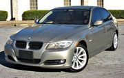 2011 BMW 328i w/ NAVIGATION & LEATHER SEATS